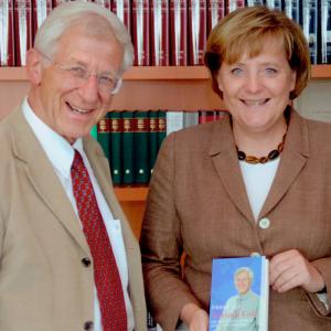 Franz Alt und Angela Merkel