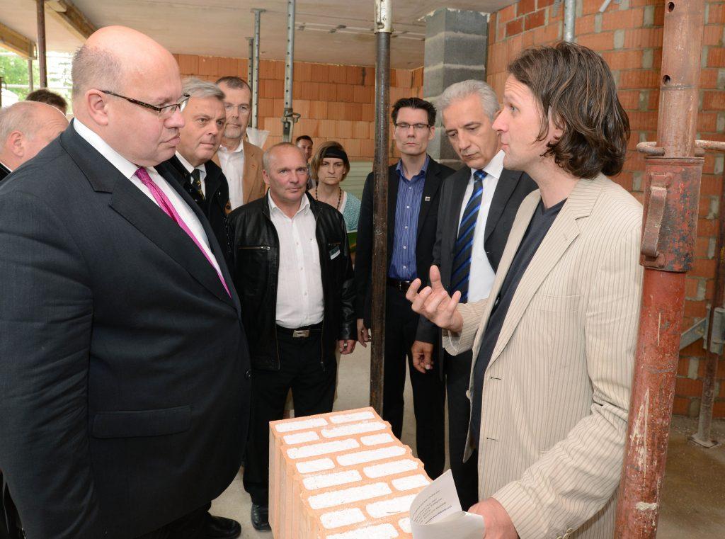 BU-Altmaier und MP Tillich mit Leukefeld