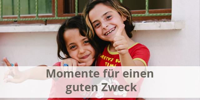 """12 """"Momente Für Einen Guten Zweck"""""""
